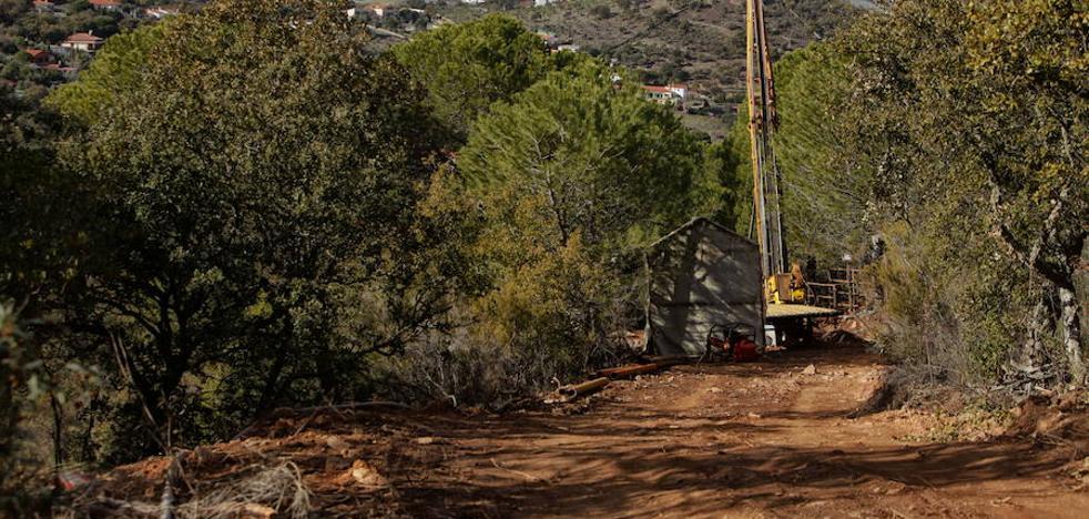 El Ayuntamiento de Cáceres no retirará el proyecto de la mina de la web municipal