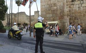 CCOO anima a los policías locales de Extremadura a movilizarse por el anticipo de su edad de jubilación