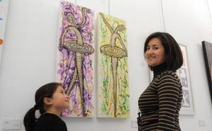 Mujeres en pie de arte en Mérida