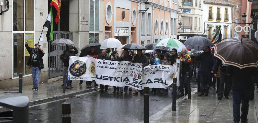 Jusapol se manifiesta por la equiparación salarial