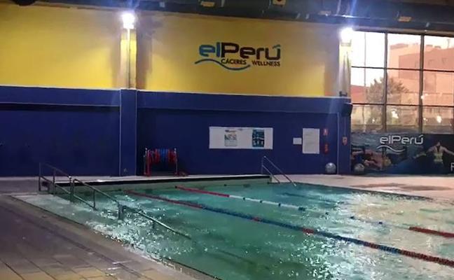 La piscina de 'El Perú' reabre en Cáceres