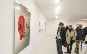 20 artistas interpretan las películas de Pedro Almodóvar en Cáceres