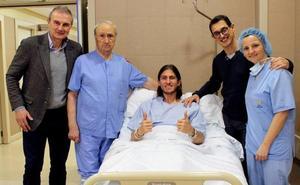 Filipe Luis deja el hospital y estará 8 semanas de baja