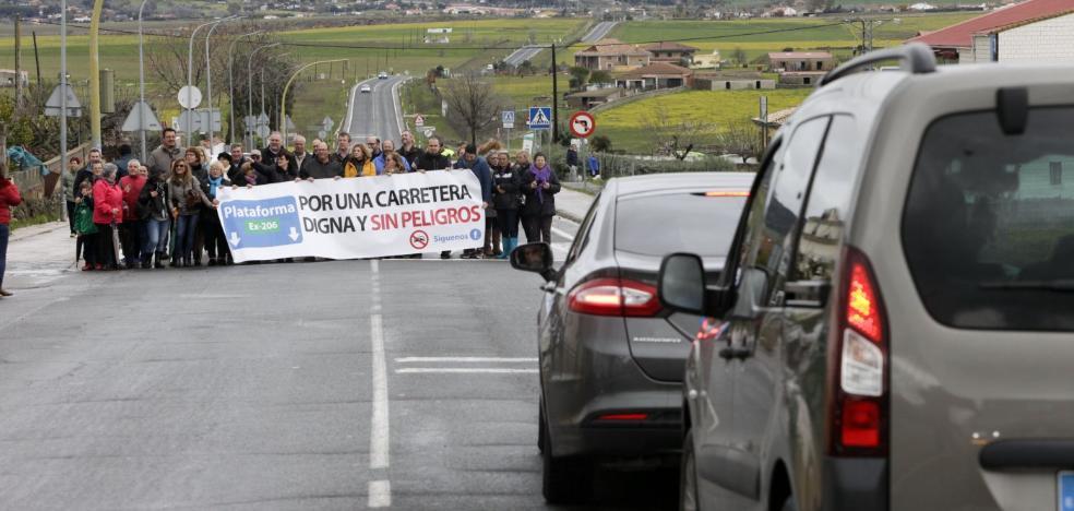 Reclaman medidas de seguridad para la carretera 'de las torres'