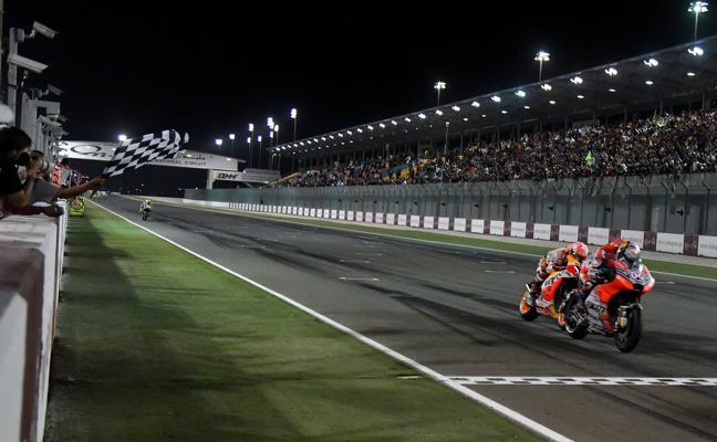 Dovizioso y Márquez trasladan su pulso a 2018