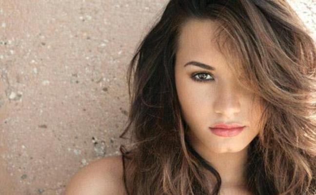 Demi Lovato cumple 6 años sin probar el alcohol
