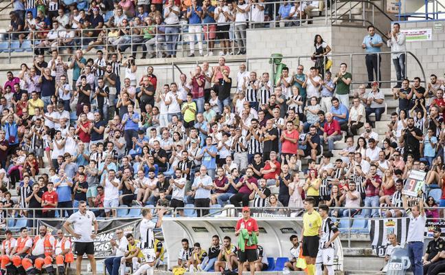 El Badajoz busca el mayor apoyo posible ante el Granada B
