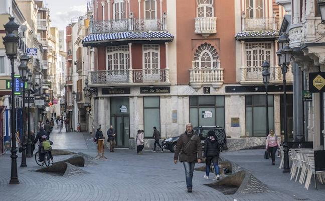 El Ayuntamiento de Badajoz eliminará las jardineras de la plaza de la Soledad