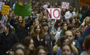 Más de 135.000 alumnos han tenido que devolver becas desde 2012