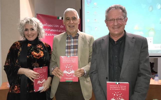 Un libro extremeño para detectar necesidades educativas