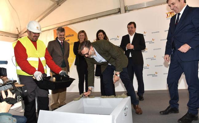 Vara asegura que Extremadura tiene una previsión de inversión privada de unos 10.000 millones