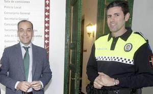 El jefe de la Policía Local de Cáceres asegura que el robo de su pistola no ha influido en sus ganas de trabajar