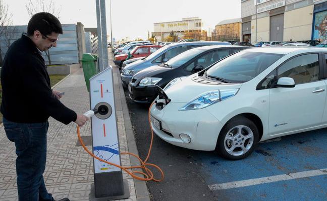 Iberdrola instalará 150 puntos para recargar coches eléctricos en la región