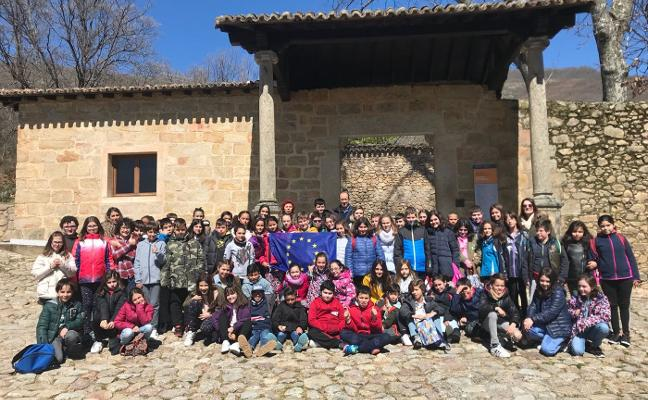 Yuste y Carlos V acercan la Unión Europea a los escolares