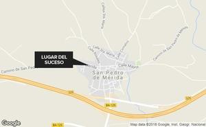 Fallece un trabajador de 53 años al caer de un tejado en San Pedro de Mérida