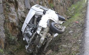 Tres heridos en una salida de vía en la Ex-390, cerca de Cáceres