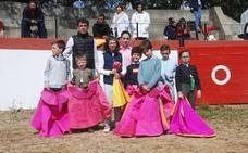 Clausura del taller de tauromaquia de Badajoz en Esperanza