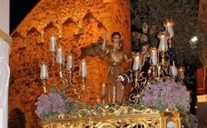 Jerez acompaña esta noche en silencio la Oración de Jesús