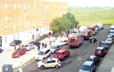 Cinco personas atendidas tras un incendio en una vivienda de Los Colorines
