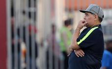 Maradona deja colgada a su hija el día de su boda