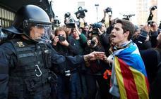 El plan de Mossos para proteger sedes oficiales y partidos se activa ante la previsión de protestas