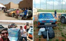 Aventura humanitaria de dos peleños en Marruecos con un Opel Corsa viejo
