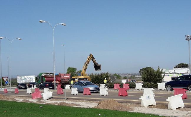 Las obras de integración de las zonas comerciales en Villanueva ya están en marcha