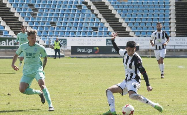 El Badajoz pide el aliento de su afición