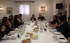 La Junta se reúne con la Coordinadora de Empresarios de Mérida para incentivar el tejido empresarial