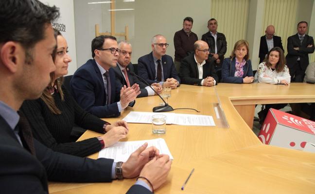 La Diputación de Badajoz dará 23 millones de euros a los pueblos para inversiones y préstamos