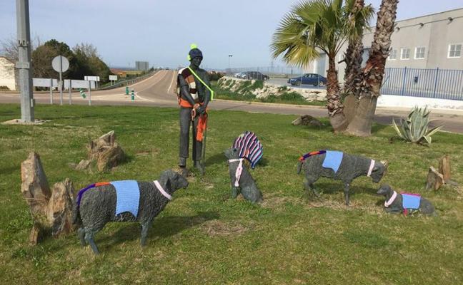 'La Serena Tejida' viste con lana y color las calles del pueblo