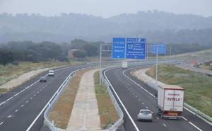 La Junta mantiene la previsión de hacer las autovías Badajoz-Cáceres y Zafra-Jerez