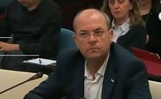 Monago acusa a Vara de una estrategia para justificar que una empresa andaluza gestione las ambulancias
