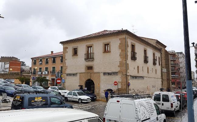 Un negocio de comida rápida abrirá en el edificio histórico de la Puerta del Sol