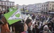 Unas 3.000 personas se manifiestan en Cáceres contra la mina de litio