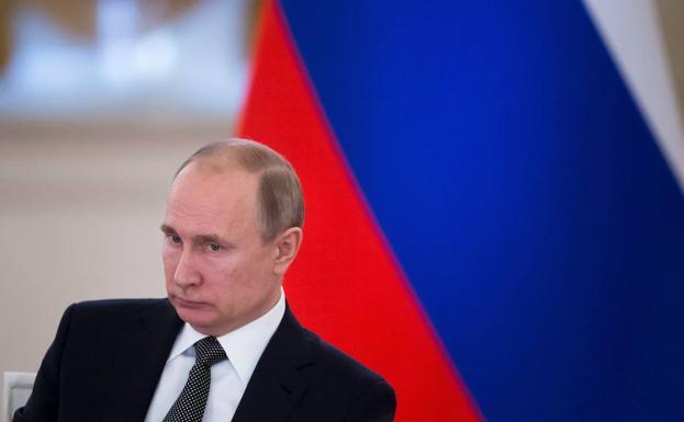 Putin: «EE UU ayuda a los terroristas que operan en Siria»