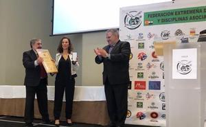 Cruz al Mérito Deportivo de Fedexlucha para la Academia de Seguridad Pública