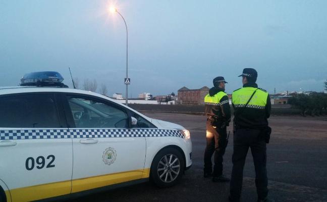 Policías de Villanueva patrullarán en las entidades locales de Valdivia y Zurbarán