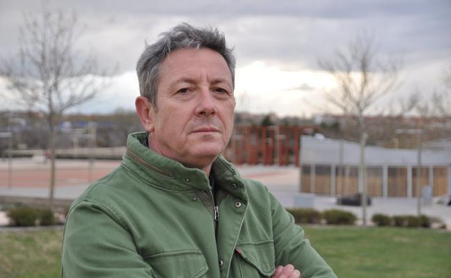 Alonso Guerrero: «El 70% de la novela es autobiográfica y toda la parte sentimental es real»
