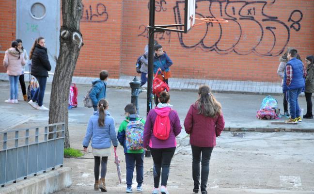 La escuela placentina pierde más de 170 alumnos en los últimos cinco años