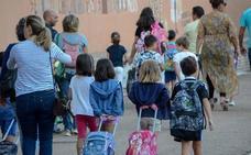 Educación pide a las familias que «jueguen limpio» en la matriculación de sus hijos
