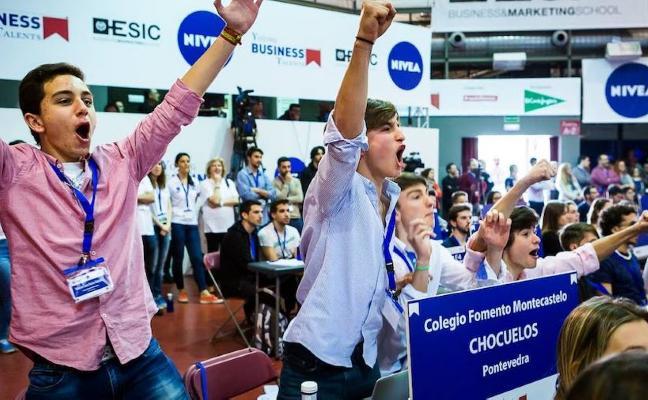Ocho estudiantes miajadeños optan a ser el mejor directivo