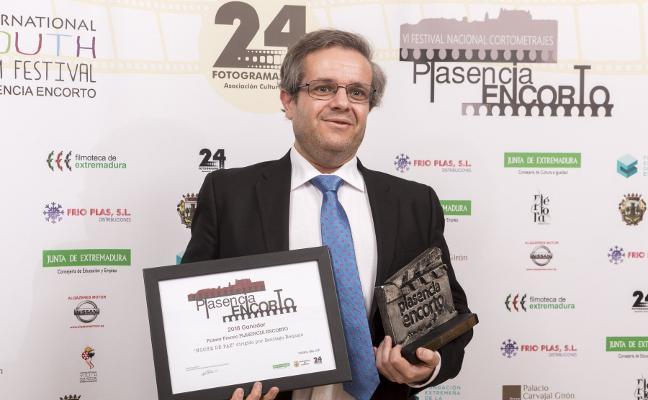 El placentino Santiago Requejo gana el EnCorto con la película 'Noche de Paz'