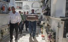 El amigo de Machado ya descansa en Santa Marta de los Barros