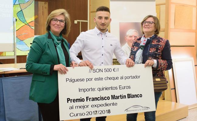 Sergio Antón Sánchez gana el III Premio Martín Blanco de Coria al mejor expediente