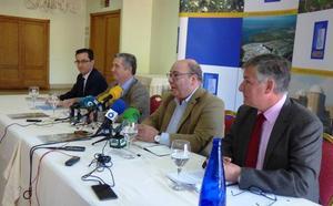 Rafael Campos sustituye a José María Bernaldo de Quirós al frente de la central nuclear de Almaraz