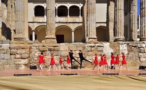El Templo de Diana acoge el Día de la Danza