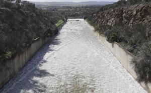 El pantano de Guadiloba en Cáceres abrirá por tercera vez sus compuertas para desembalsar