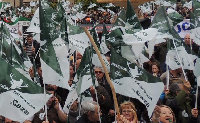 Más de 5.000 personas pidieron respeto y apoyo para la caza