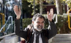 Òmnium niega recibir subvenciones y acusa a la Guardia Civil de «falsear» datos